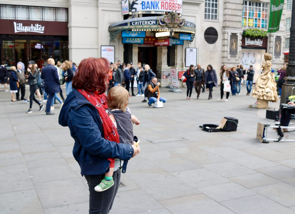 Street entertainers Piccadilly Circus, London