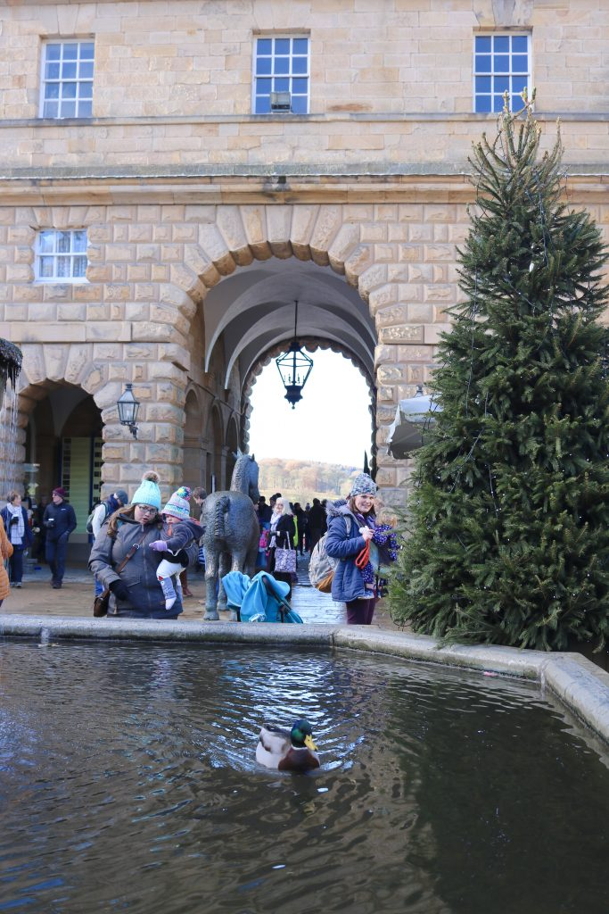 Chatsworth Christmas Markets, walks and pubs