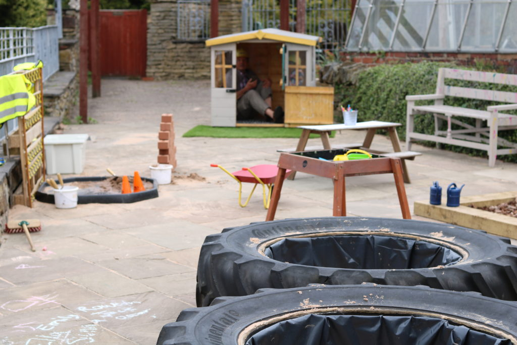 Craft & outdoor play centre at Crafty Kids: Pot House Hamlet, Barnsley